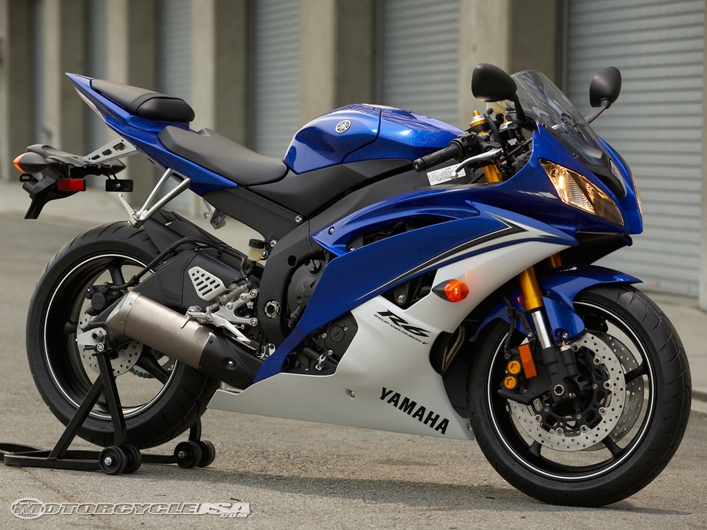 motorcycle accident attorney reports yamaha recall yzf r6 motorcycles have reflectors in the. Black Bedroom Furniture Sets. Home Design Ideas