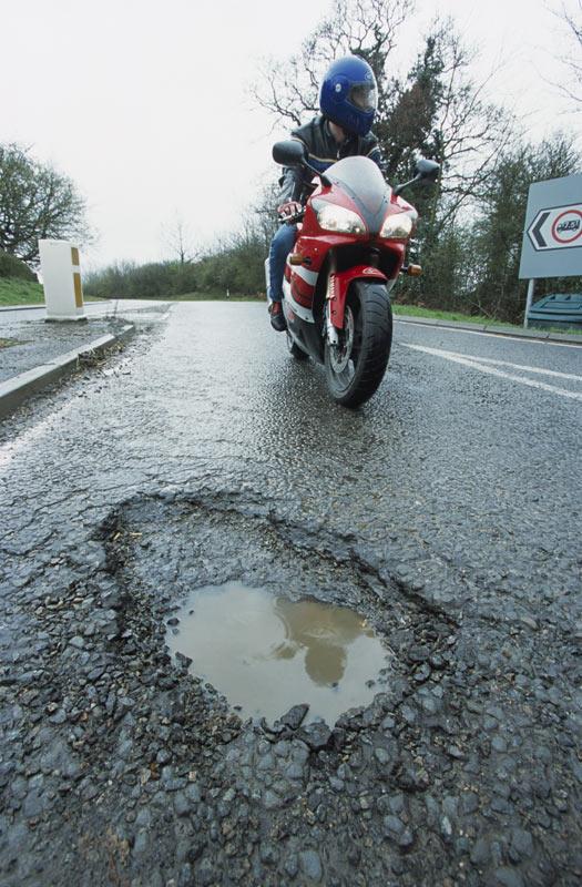 pothole (1)