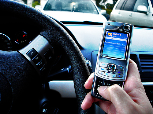 New York Crackdown On Texting Drivers Sends Right Message, Says NY Accident Lawyer